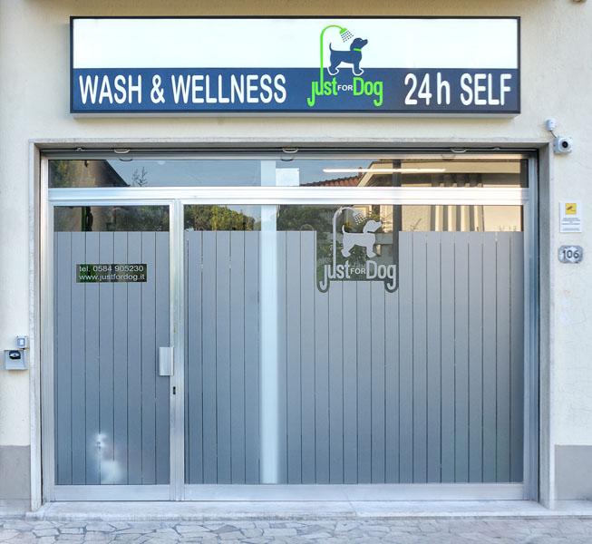 Chi siamo lavaggio cani self e assistito h24 a lido di camaiore - Bagno amore lido di camaiore ...